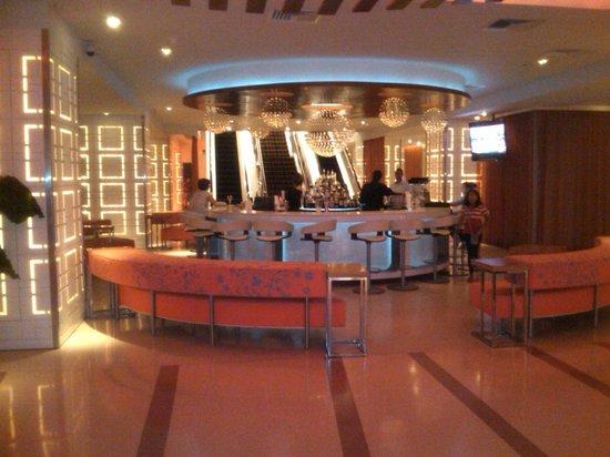 The Condado Plaza Hilton: One of the Bars in Lobby