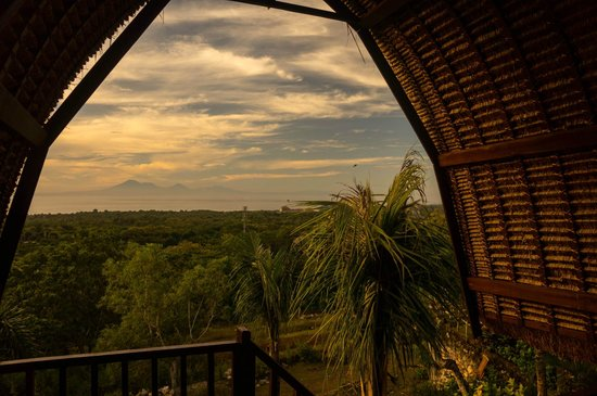 Kamafari Surfcamp : Sunset from one of the bungalows