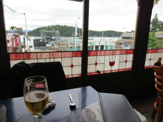 Blue Water Bar & Grill: terrific view