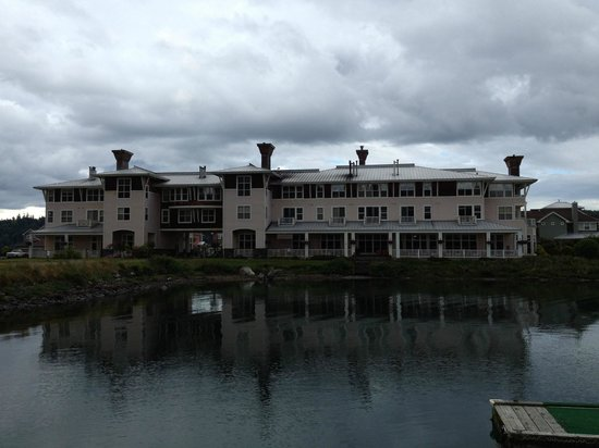 The Resort at Port Ludlow : Worth a visit even on a cloudy day - just switch on the fireplace!