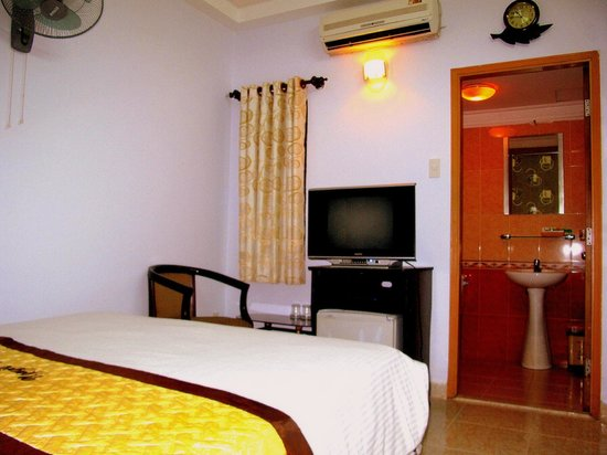 Thuy Tien Hotel: Standard Double Bed Room