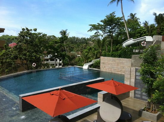 Sunsuri Phuket: Pool side