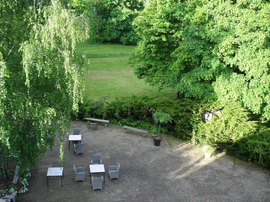 Domaine de Beaupré : Terrasse vue de la chambre