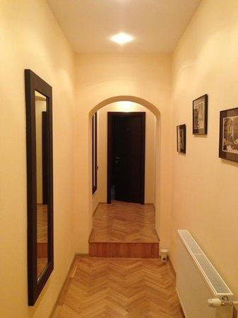 Casa Vacanza Brasov: hallway