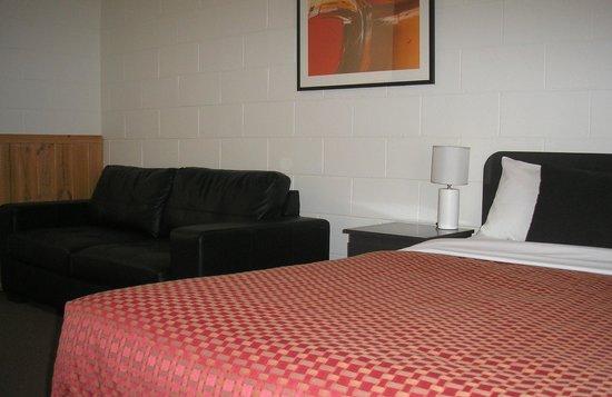 BEST WESTERN Hamilton Lakeside Motel: Standard Family Suite