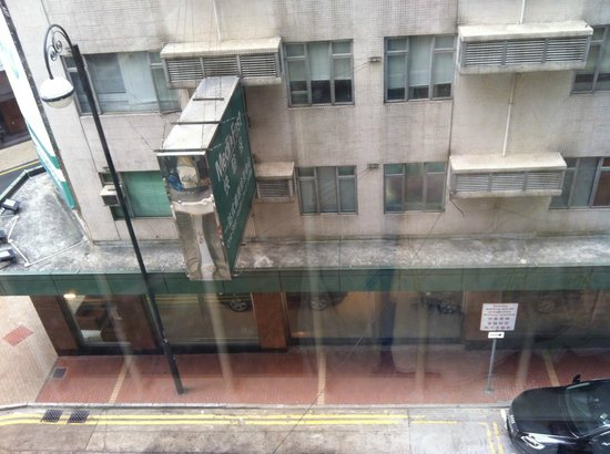 Mini Hotel Causeway Bay Hong Kong: From our room window..