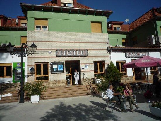 Hotel Rural Montana de Cazorla: fachada sencilla, como todo el hotel