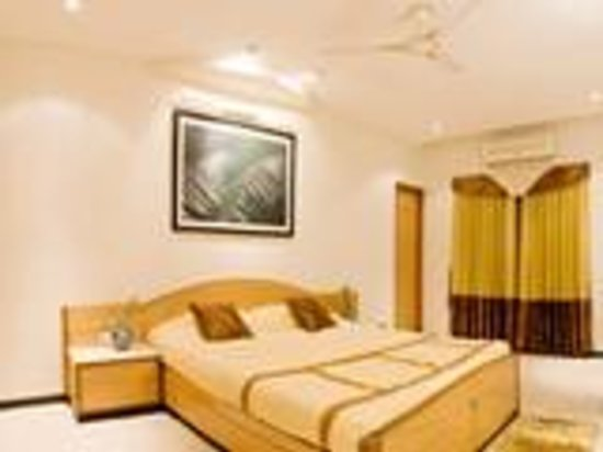 Princess Square Service Apartments : Bed Room