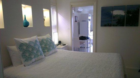 Mollymook Beach Waterfront: Bedroom