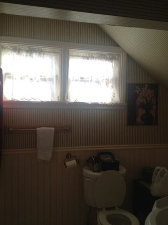 Boca del Cielo Inn: my private bathroom