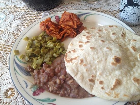 Boca del Cielo Inn: eggs chorizo Napales and tortillas!!! yummy