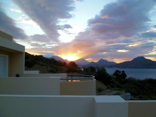 Creta-Spirit Apartments: sunrise over Plakias