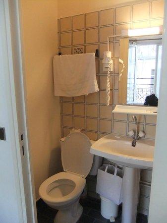 Hotel du Roi Rene : Bathroom