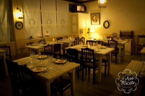 "A Casa d""Avo Micas: Ambiente na hora de jantar"
