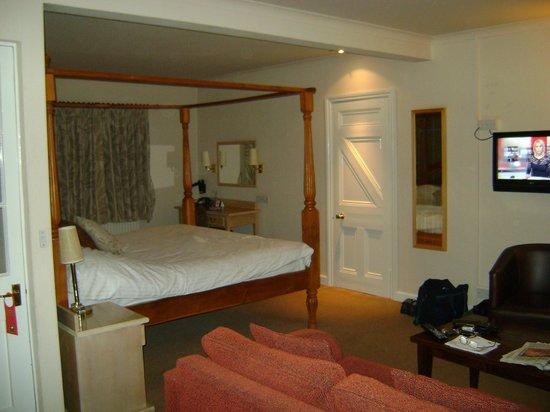 Bear Inn: Room in The Bear Room Rose Cottage Annexe
