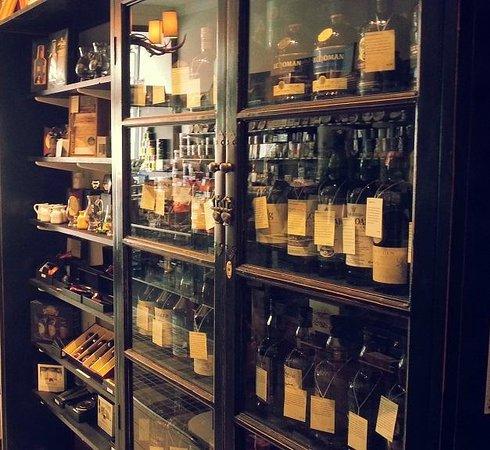 Robert Graham Ltd Est 1874: Whisky in the Cambridge shop