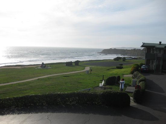 Cavalier Oceanfront Resort: Aussicht