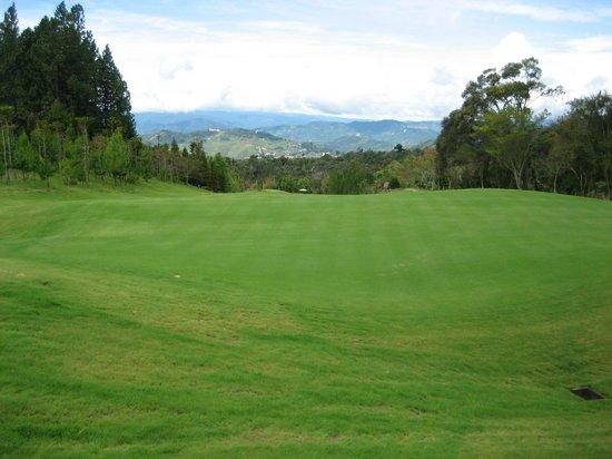 Mount Kinabalu Golf Club : Mt Kinabalu Golf Course