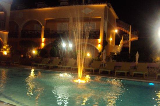 Smartline Princess Hotel: night view