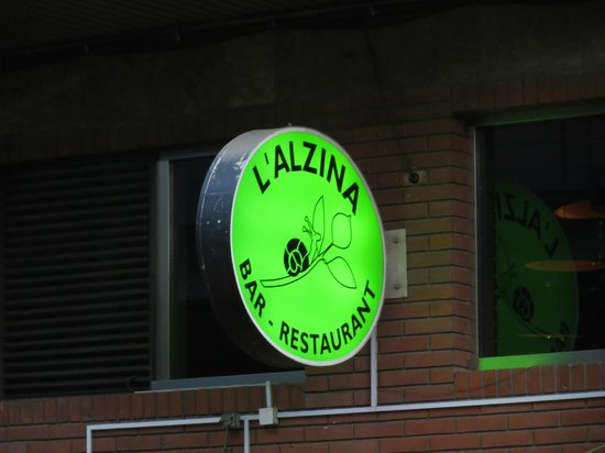 L' Alzina : Keep an eye out for the Sign!