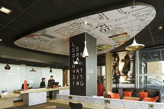 Hotel Ibis London Excel Docklands Parking