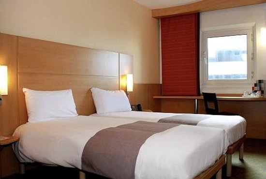 Hotel Ibis London Excel Docklands Parking
