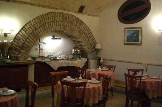 Hotel Relais Patrizi: la salle des petits dejeuners