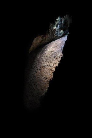 Grotta Torri di Slivia - Tour: pozzo naturale