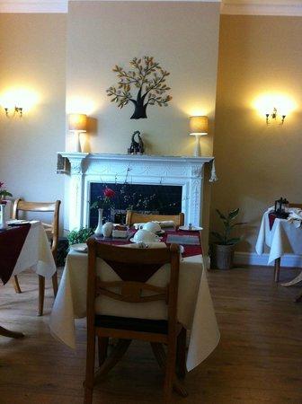 Ashbourne House: Lovely dinning area