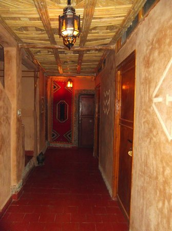 Hotel Valentine Todra: Les couloirs