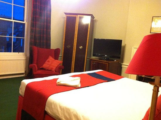 53 Frederick Street: Our room