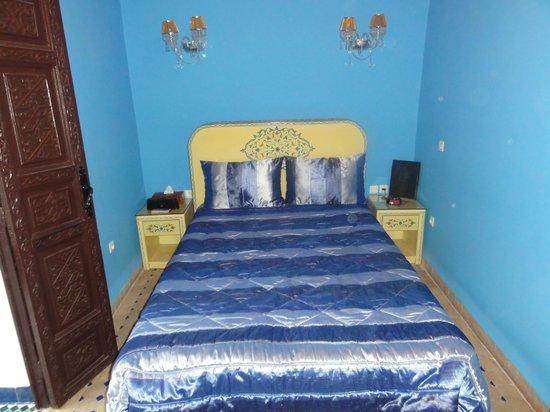 Riad El Mansour: 「青の部屋」(シングル)です。