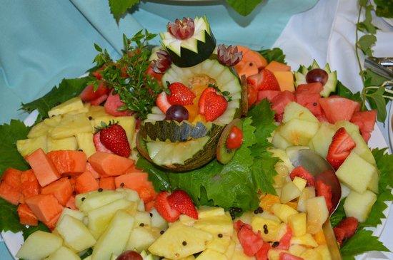 Insotel Tarida Beach Sensatori Resort: Fresh Fruit every day
