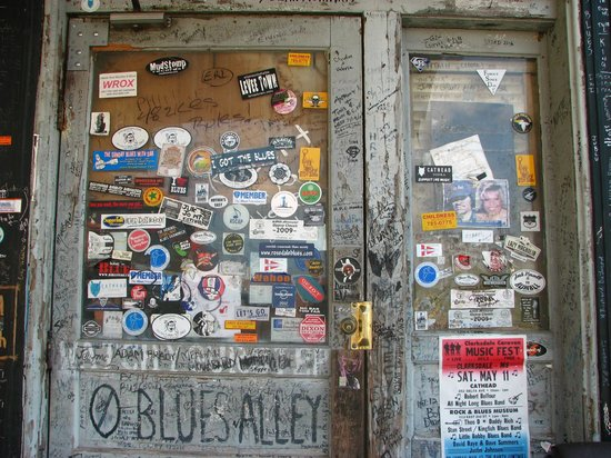 The Delta Blues Museum : Leave your card