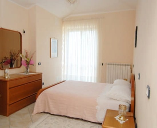 camera da letto matrimoniale - Foto di B&B La Coccinella, Ogliastro ...
