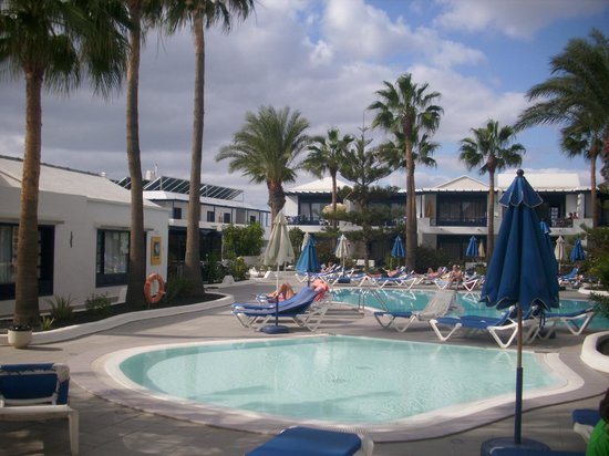 Playamar Apartments : Pool