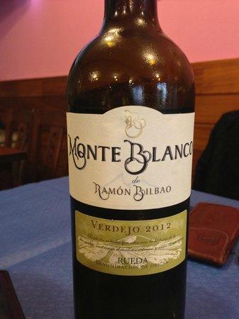 La Curuxina: Nice wine recommendation