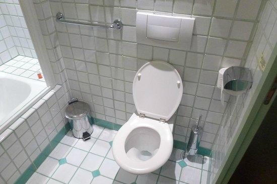Domaine de Falgos : Salle de bain