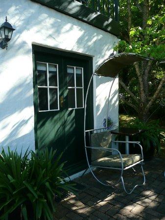 De Kloof Luxury Estate: ingang benedenkamer