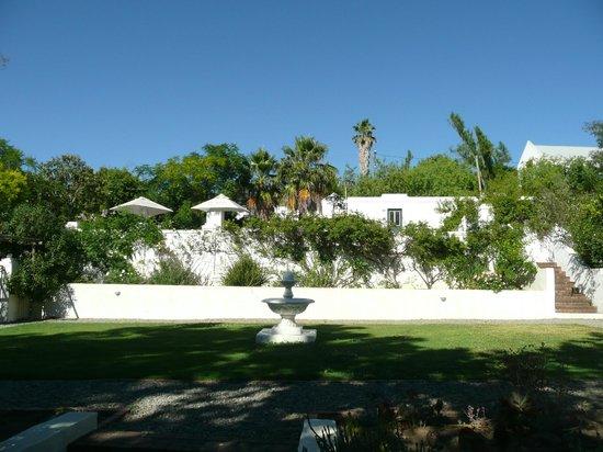 De Kloof Luxury Estate: uitzicht op zwembad