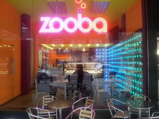 Zooba Gelato: The awesome Zooba sign