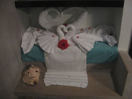 Matachica Resort & Spa: Towels on Wedding Day