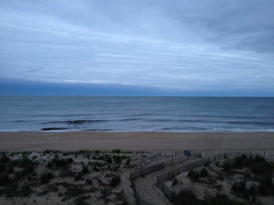 Quality Inn Oceanfront: 54th Beach from Room- 4th Floor