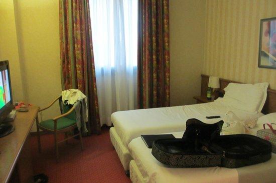 Idea Hotel Piacenza: room