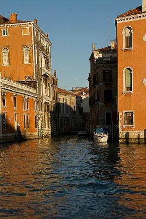 Alla Vite Dorata: A side street or canal in Venice