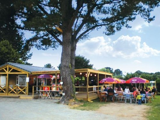 Camping Penhoat Côté Plage : Bar/restaurant