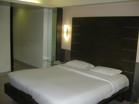 Suba Galaxy: The Room