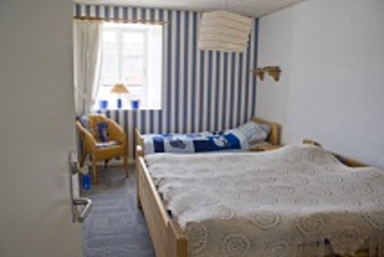 Holtegaard Bed & Breakfast: The blue room