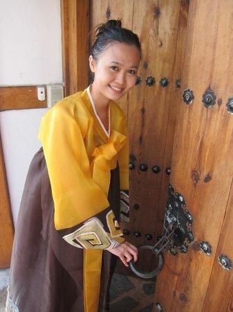 Bukchonmaru Hanok Guesthouse: Hanbok Experience
