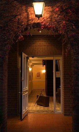 Beechwood Hotel: Entrance